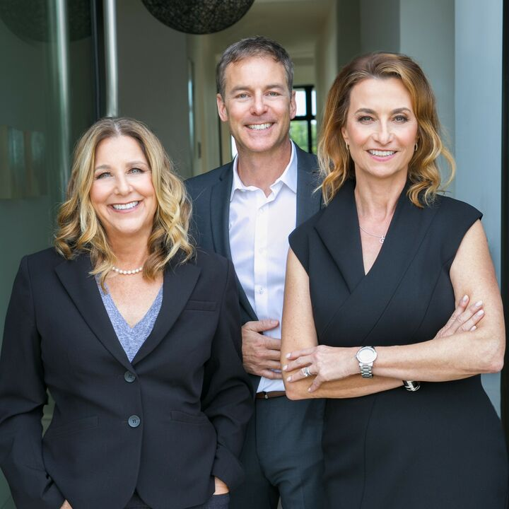 Klara Straus-Henkels & Associates