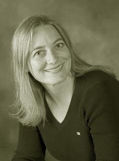 Julie Langaker, Realtor / Assisting Kate Reid in Bozeman, Windermere