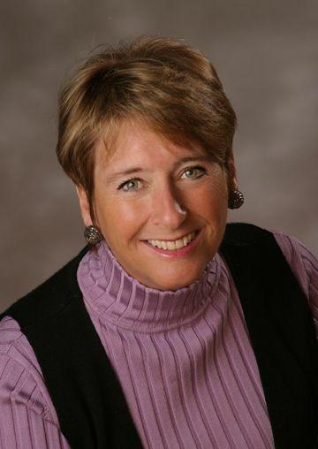 Debbie Childs, Broker - Licensed in Oregon in Lake Oswego, Windermere