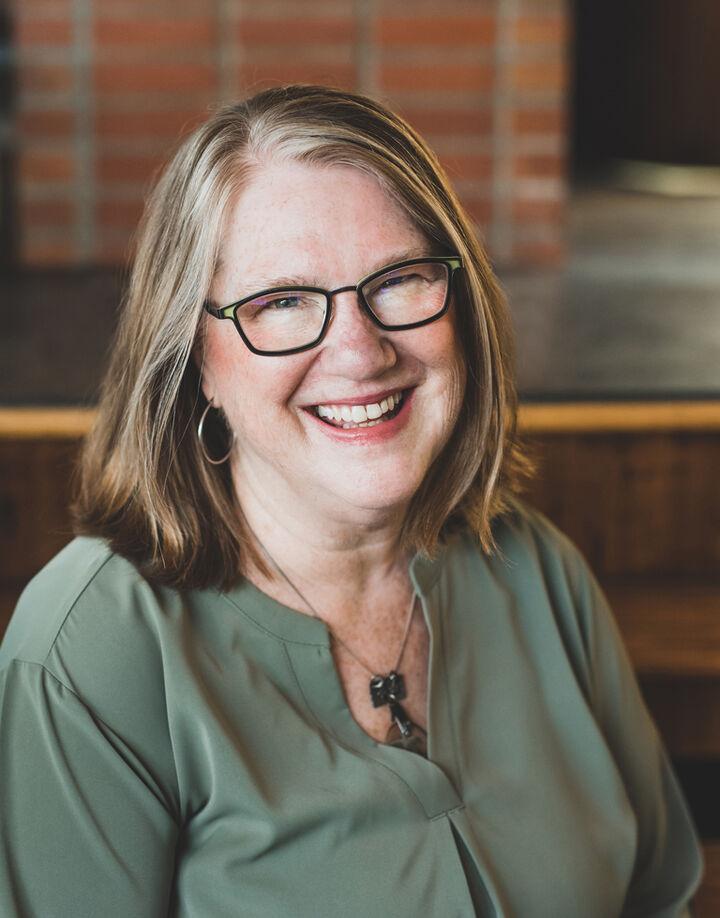 Lynette Hensley, Licensed Assistant to Cori Whitaker in Lynnwood, Windermere